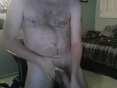 Hot hairy dude wanking good