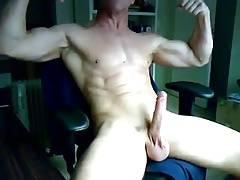 muscular masturbates
