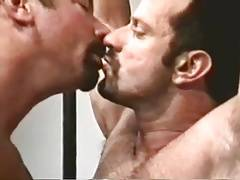 Austin Masters wanked off by bear