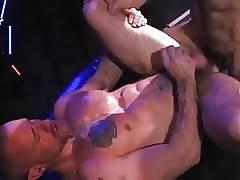 Huessein and Brendan Davies (Erotikus)