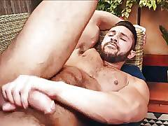 Bareback - Muscle Stud Rides Raw Cock