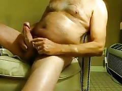 Married Aussie dad wanking alone in hotel room