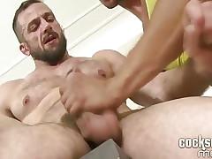 Ennio Guardi fucks older guy bare