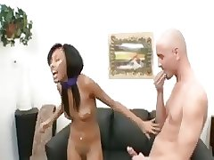 чернокожая сестра трахает сводного белого брата