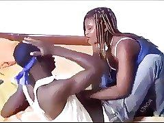африканские брат с сестрой