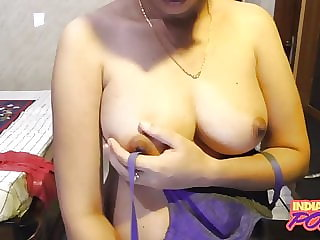 Indian Gf In Blue Hooter-sling Flashing Shaved Cooter On Cam