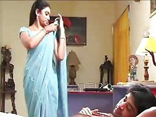 Indian mummy hook-up