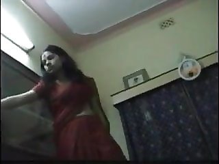 Killer fantastic desi wifey in saree and couple