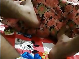 indian fellow toying with his mom's bootie and jacking off