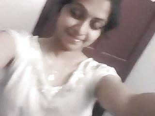Chennai Wipro Tamil Woman 3