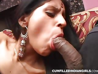 Xxx hump of indian super-bitch penetrated in gang 3some
