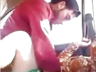 AMATEUTR INDIAN Gal HAVING  IN THE CAR