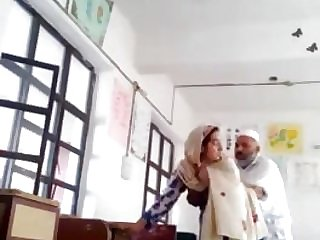 Desi head tormentor screw urdu lecturer college affair caught mms