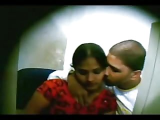 Indian College Nubile Screwed In Cyber Cafe Filmed By Voyeur