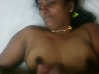 Indian aunty money-shot on her hooters