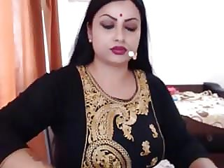 NRI INDIAN Wife Bare  GETTING Clothed