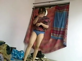 Desi Gal Bangla Girlfriend Oral Enjoyment And Humping