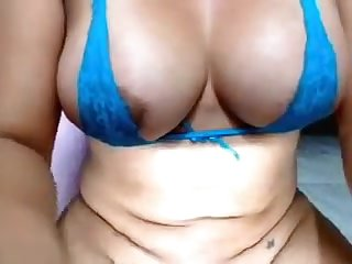 Breasty marangos livecam lady