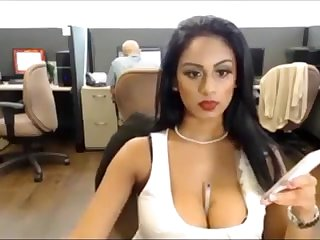 Sexi Desi Floozy on Skype 4