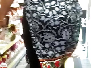 Candid indian spilled splendid saree vag vpl rump shake