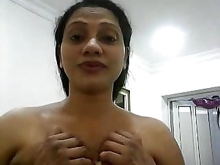 Srilankan mother taunting