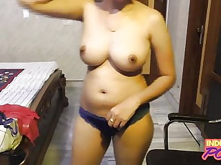 Meaty Titties Indian School Female On Live Webcam Demonstrate