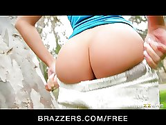Brazzer - Blond teen Erica Fontes fucks her first big-dick
