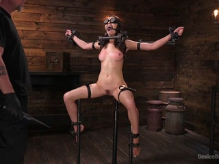 Melissa Moore in Newcomer Melissa Moore Submits To Screaming Bondage - DeviceBondage