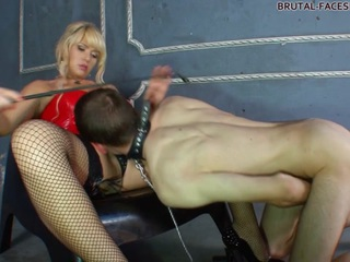 Mistress Simona Clips - Brutal-Facesitting