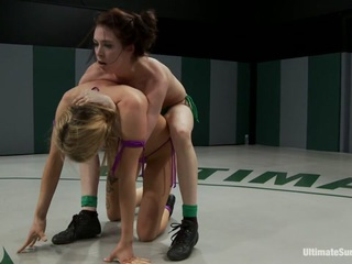 Brutal Back  Forth Match Between 2 Undefeated Wrestlerscrushing Leg Scissors  Submission Holds - Publicdisgrace