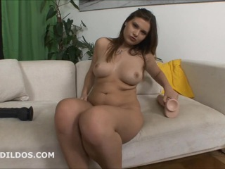 Sweetheart cums from a large beige sextoy in HD