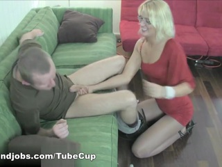 JC Punishes her Stepbrother with Ball Torment