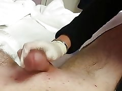 Asian lady waxin n' massagin make dick cum